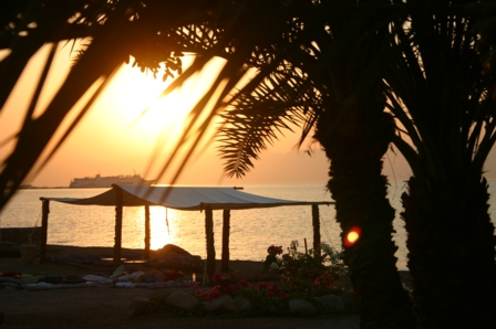 sinai_ghannahlodge_sunrise.jpg